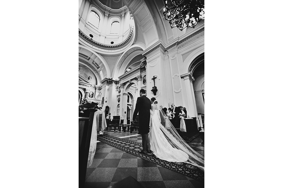 best wedding pictures by photographer West Midlands