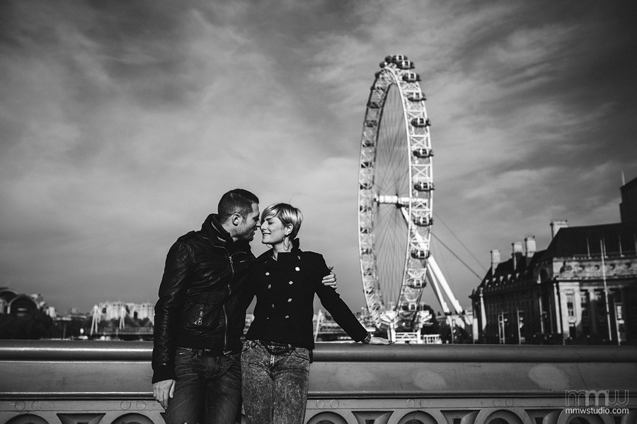 wedding engagement session London Eye