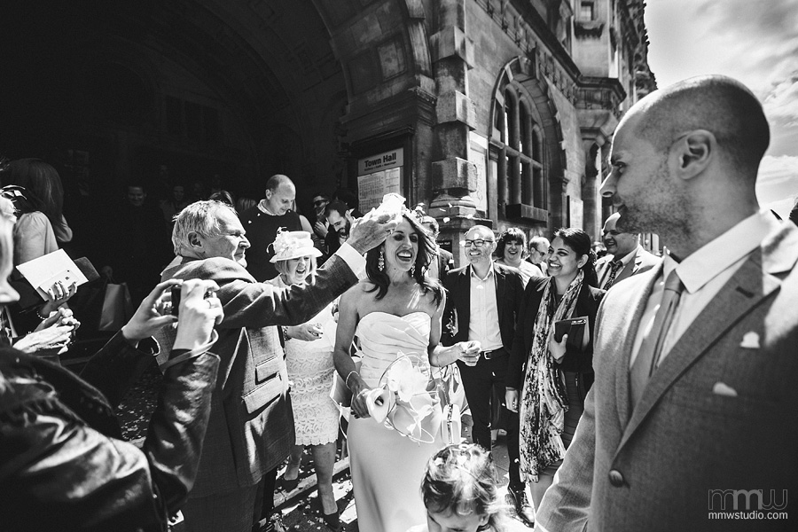 wedding in Town Hall, Oxford - pictures by top wedding photographers