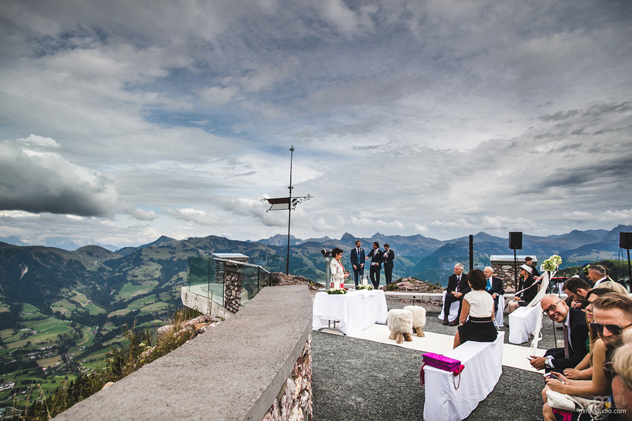 wedding ceremony in mountains - wedding photography Kitzbuhel