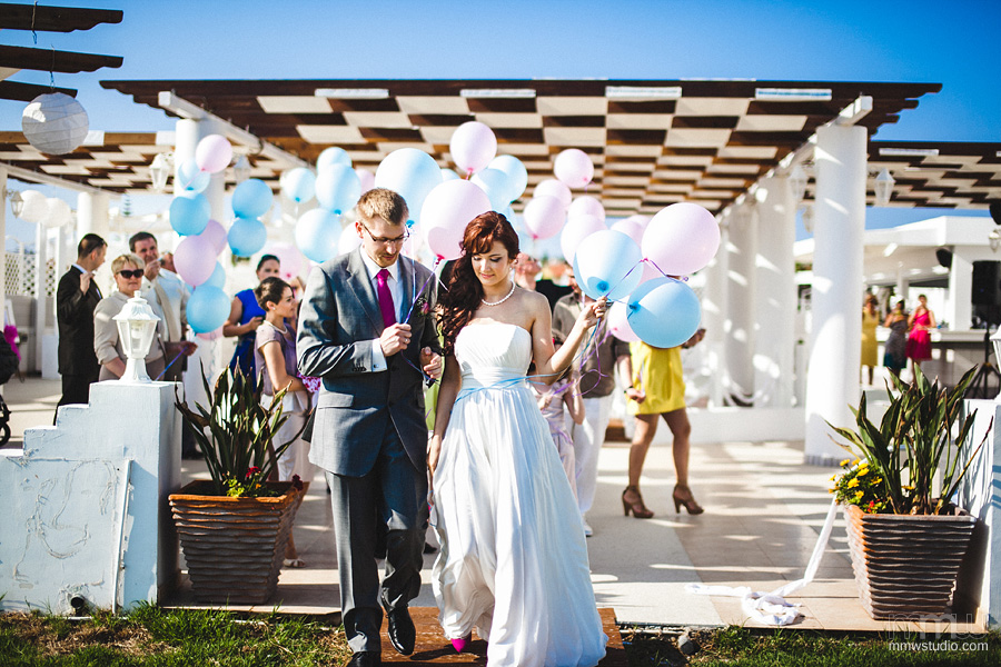 wedding baloons - wedding on Cyprus at Aphrodite Beach