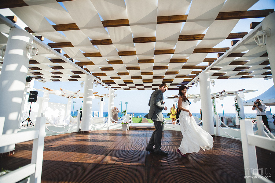 wedding on Cyprus, first dance, Aiya Napa, Aphrodite Beach
