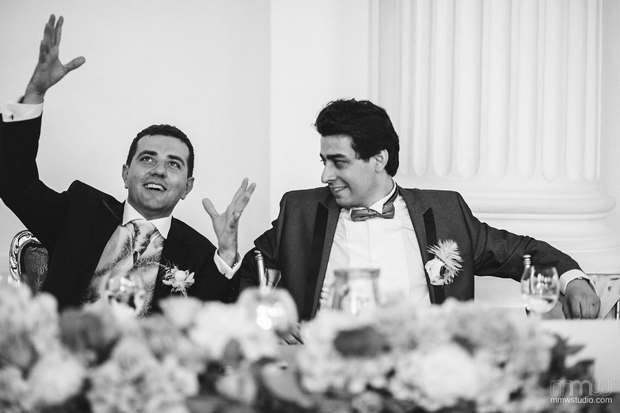 informal, candid wedding reportage